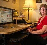 Jackie Booley works for a call center out of her home in Ocala, FL. — BRIANSMITH.com